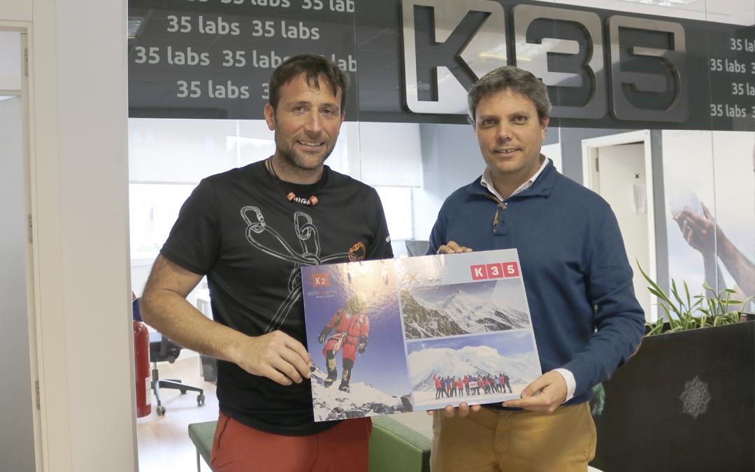 El alpinista Alex Txikon, a las puertas de coronar el K2 en invierno